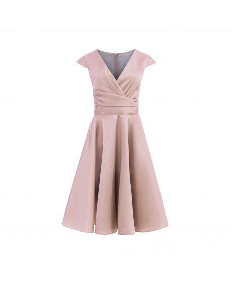 Różowa dłuższa sukienka